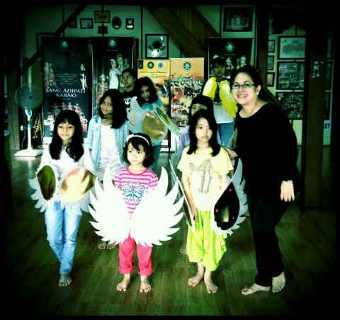 Persiapan Pentas Anak-anak Garuda